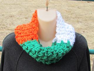 Ravelry St Patrick S Day Irish Flag Cowl Pattern By