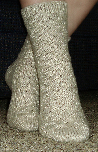 Free Pattern: Basketcase Socks