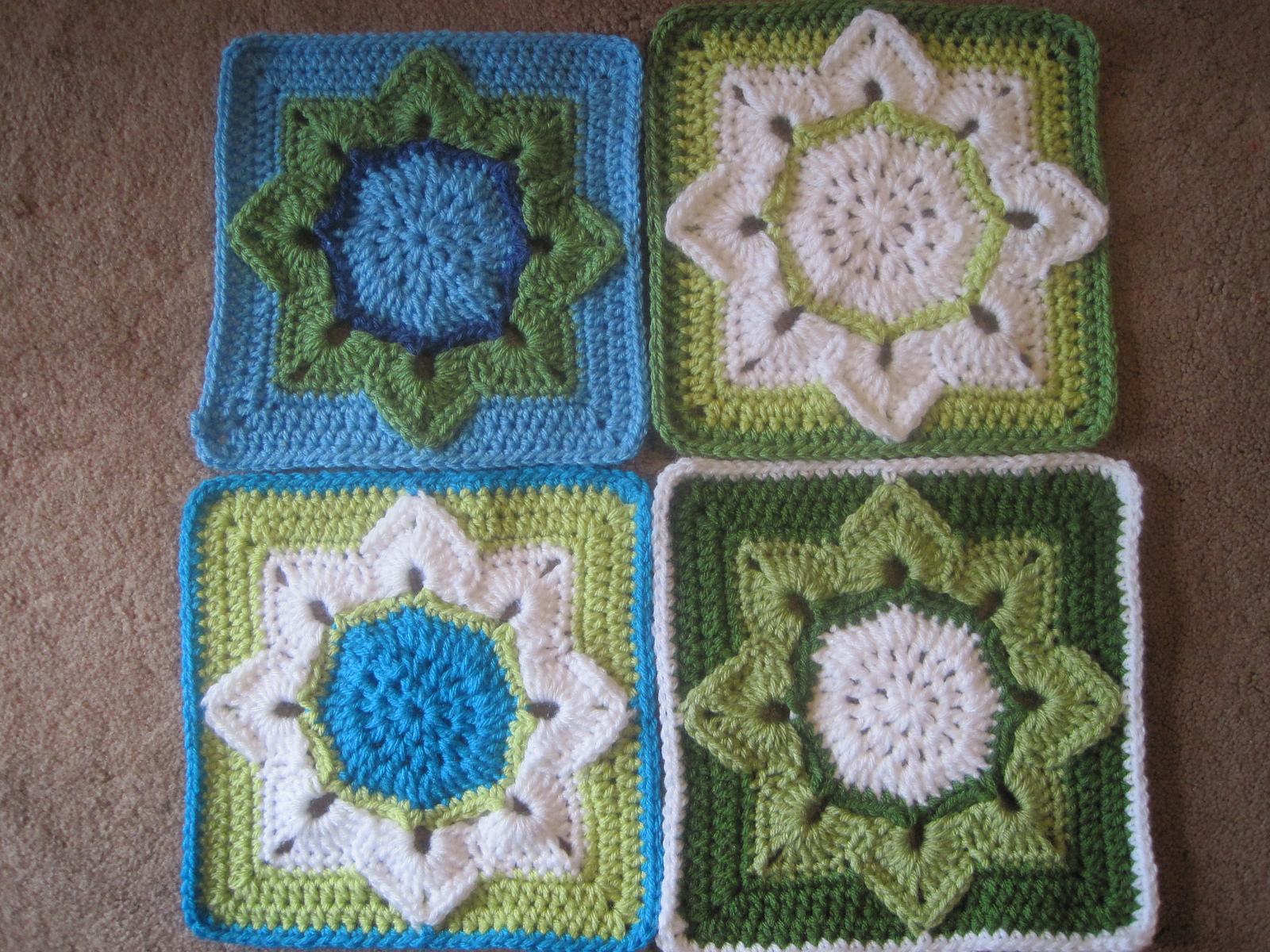 Бабушкин квадрат, цветочные мотивы Записи в рубрике бабушкин квадрат