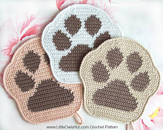 Free Crochet Pattern For Paw Print : Ravelry: 052 Paw decor, potholder, pillow Amigurumi ...