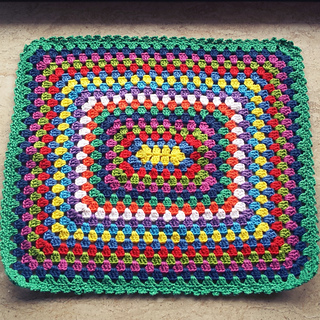 Ravelry: Granny square doll blanket pattern by Catarina ...