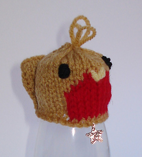 Ravelry: LittleJennieWrens Innocent Smoothies - Christmas Hat Robin