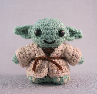 Ravelry: Yoda - Star Wars Mini Amigurumi pattern by Lucy ...