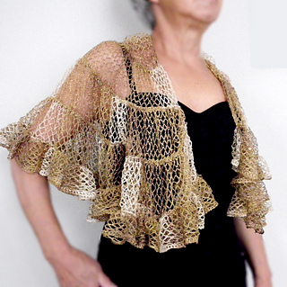 Free Crochet Patterns With Sashay Yarn : Ravelry: Sophias Shawl pattern by Margaret Zellner