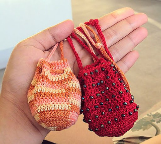 Crochet Beaded Bag Pattern : Ravelry: Anns Beaded Crochet Amulet Bags pattern by Ann Yotter