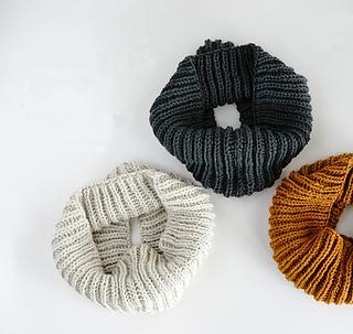 Pierrot Yarn Free Crochet Patterns : Ravelry: 538SN2 Brioche Stitch Snood pattern by Pierrot ...