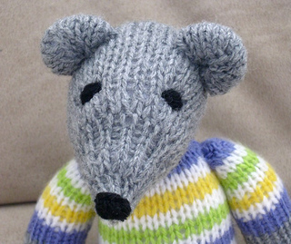 Knitting Pattern Toy Mice : KNITTED MOUSE PATTERN TOY Free Knitting and Crochet Patterns