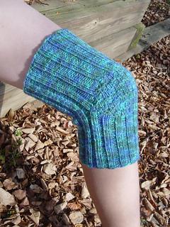 Ravelry Phil S Knee Warmer Pattern By Sarah Peasley