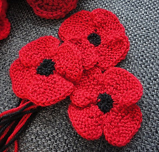 Knitting Pattern Red Poppy : Ravelry: knit flat, no-sew poppy pattern by Suzanne Resaul