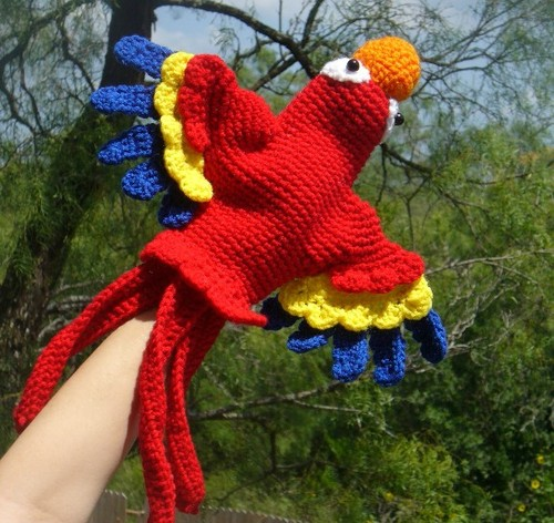 Now you, too, can make a macaw!