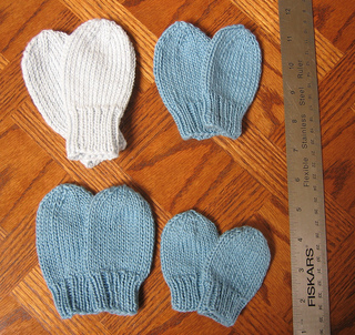 Knitting Pattern Easy Baby Mittens : EASY BABY MITTEN PATTERN Sewing Patterns for Baby