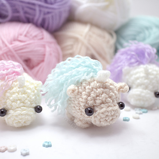 Unicorn Amigurumi Yarn Yard : Ravelry: Amigurumi unicorn or pony pattern by mohu