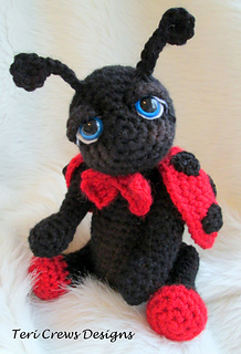 Free Crochet Ladybug Blanket Pattern : Ravelry: Cute Ladybug Crochet Pattern pattern by Teri Crews